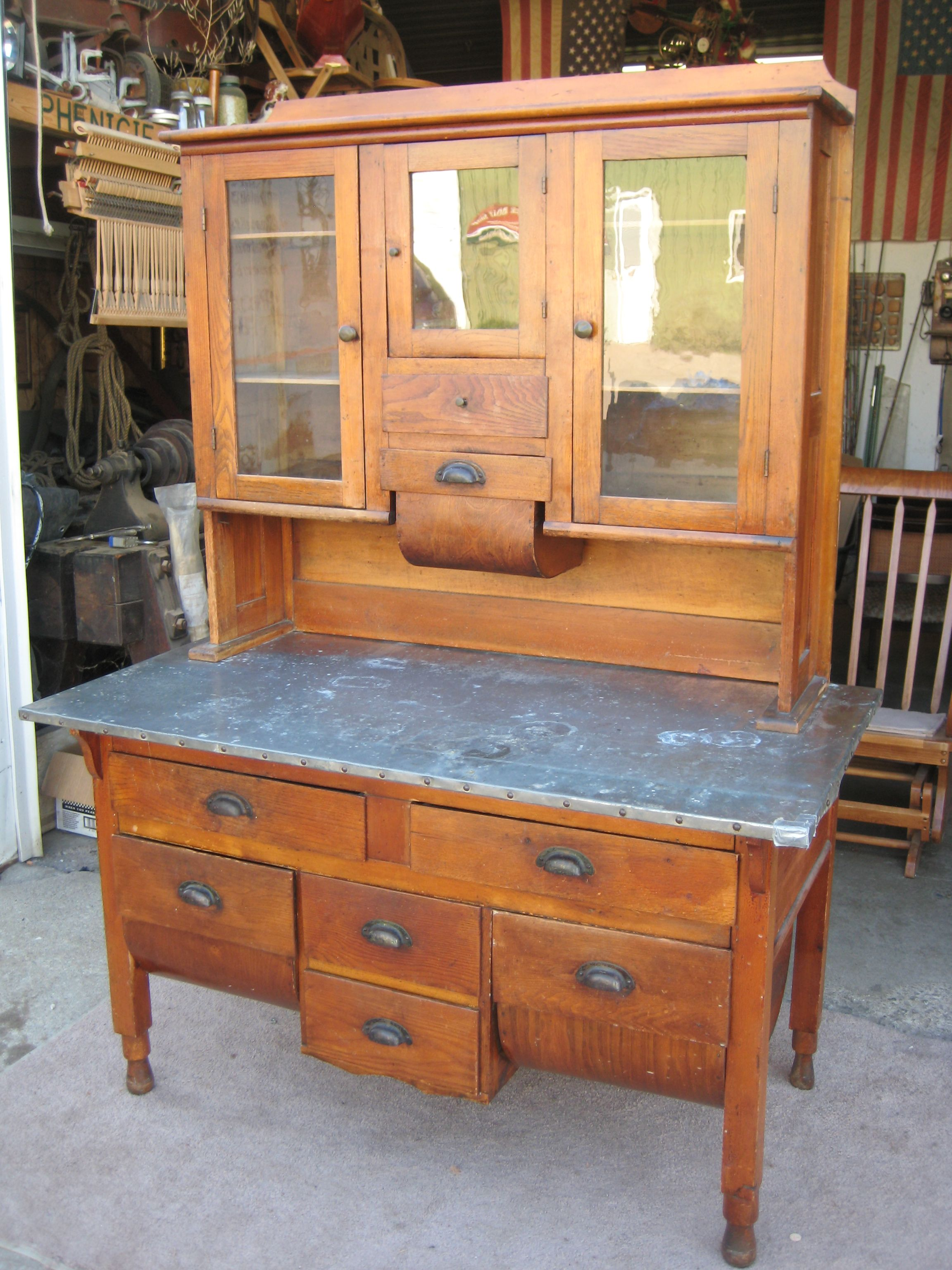 Merveilleux Pre Hoosier Cabinet Just Arrived At The (@Mark Phenicie) Shop To Be  Restored. I Canu0027t See Anything That Needs To Be Restored Here   Send Us A  Pic When You ...