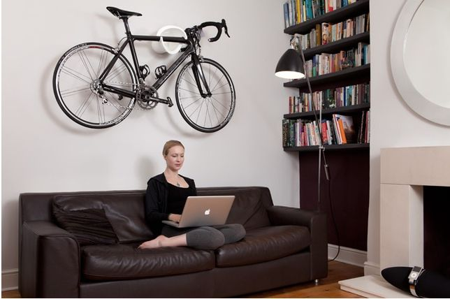 10 Ways To Hang Your Bike On The Wall Like A Work Of Art Bike Storage Home Bicycle Wall Mount Bike Storage Uk
