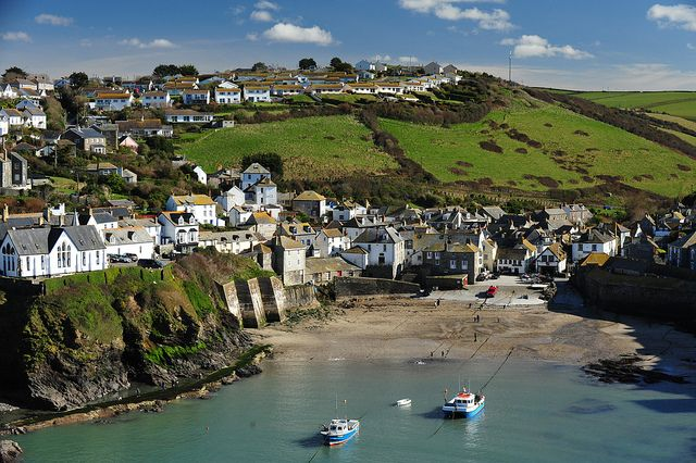 Port Isaac (Portwenn), Cornwall   Cornwall england, England travel, Devon  and cornwall