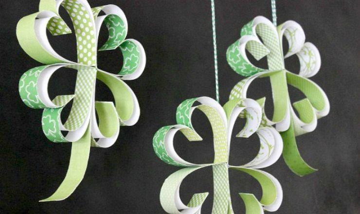 St. Patrick's Day Craft: How to make Paper Shamrocks