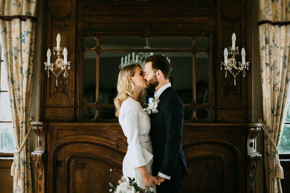 Location Schloss Miel Kleid Ivy And Oak Blumen Blumenfreund Live Musik Von Him Her Duo In 2020 Hochzeitsfotografie Hochzeitspaar Hochzeit Schloss