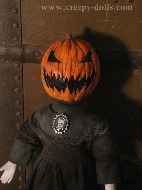 Creepy Dolls Made By Horror Artist Bastet Halloween Coffin Halloween Circus Halloween