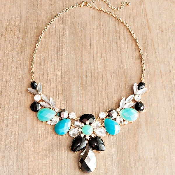 symmetrical_stone_statement_necklace_aqua.jpg 600×600 pixels