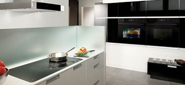 ICBSO30CE/B/TH Built-In E Series Contemporary Single Oven from Wolf ...
