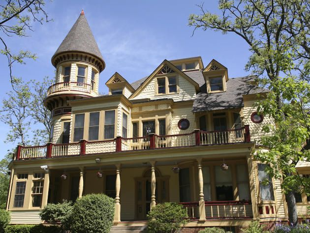 100s Of Different Victorian Homes Http Www Pinterest Com Njestates1 Victorian Homes Thanks To Http Victorian Houses For Sale Victorian Homes House