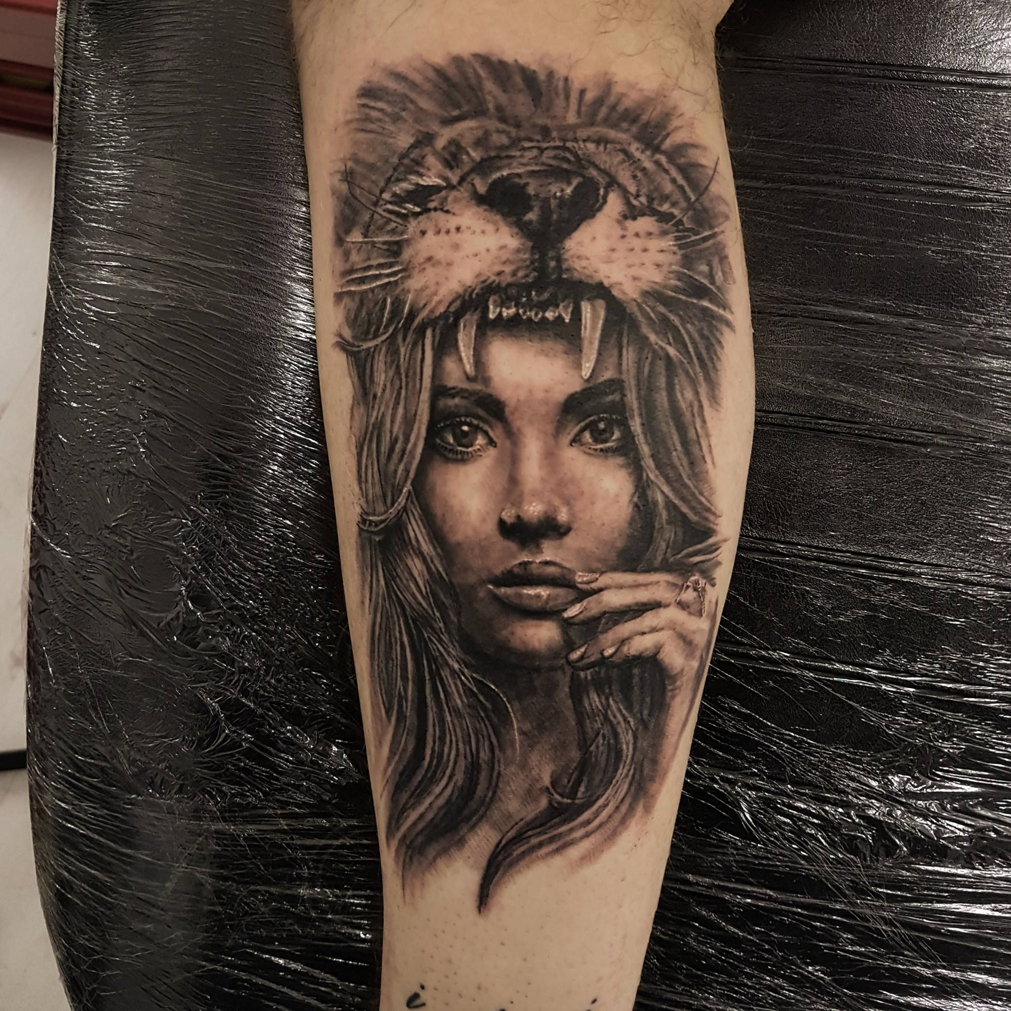 Lion Headdress By Scott Rowlands At Underworld Tattoo Co Ebbw Vale