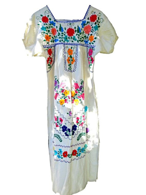 Vintage mexican embroidered dress Beachy boho by ZazaofCanada