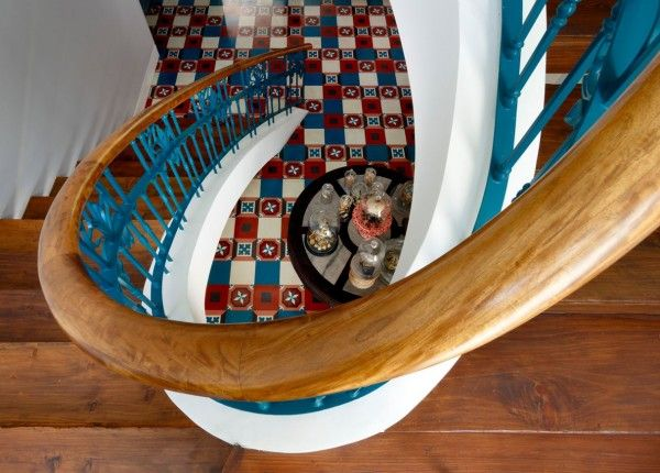 Kővel borított luxus villa Guatemala szívében,  #ablak #borítás #csodálatos #erdők #guatemala #gyönyörű #ház #kő #luxus #nagy #nyitott #otthon #otthon24 #otthonos #SolisColomer #táj #természet #ultramodern #villa, http://www.otthon24.hu/kovel-boritott-luxus-villa-guatemala-sziveben/