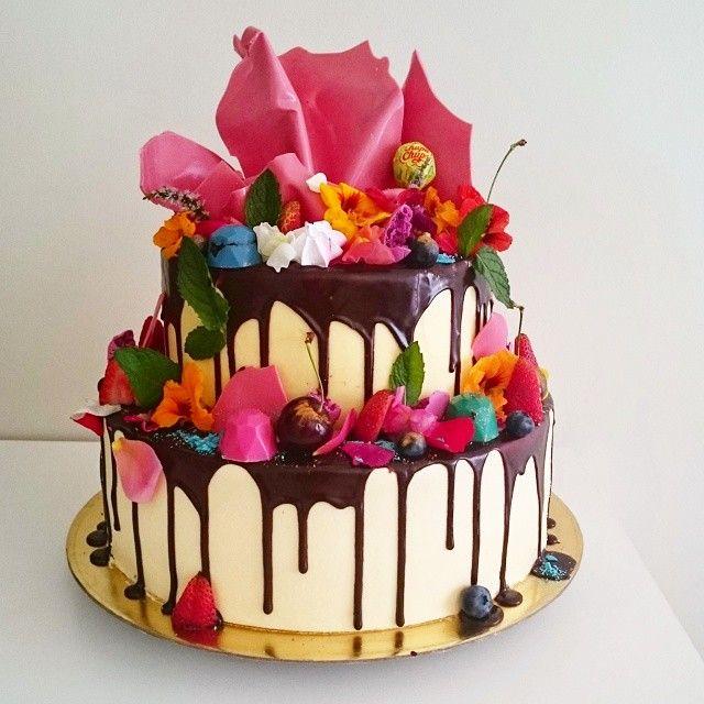 Unbirthdaybakery And The Cake To Matchd Hatters Birthday Cake