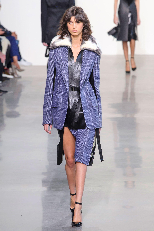 c20db4100068e1 Calvin Klein at New York Fashion Week Fall 2016 - Runway Photos