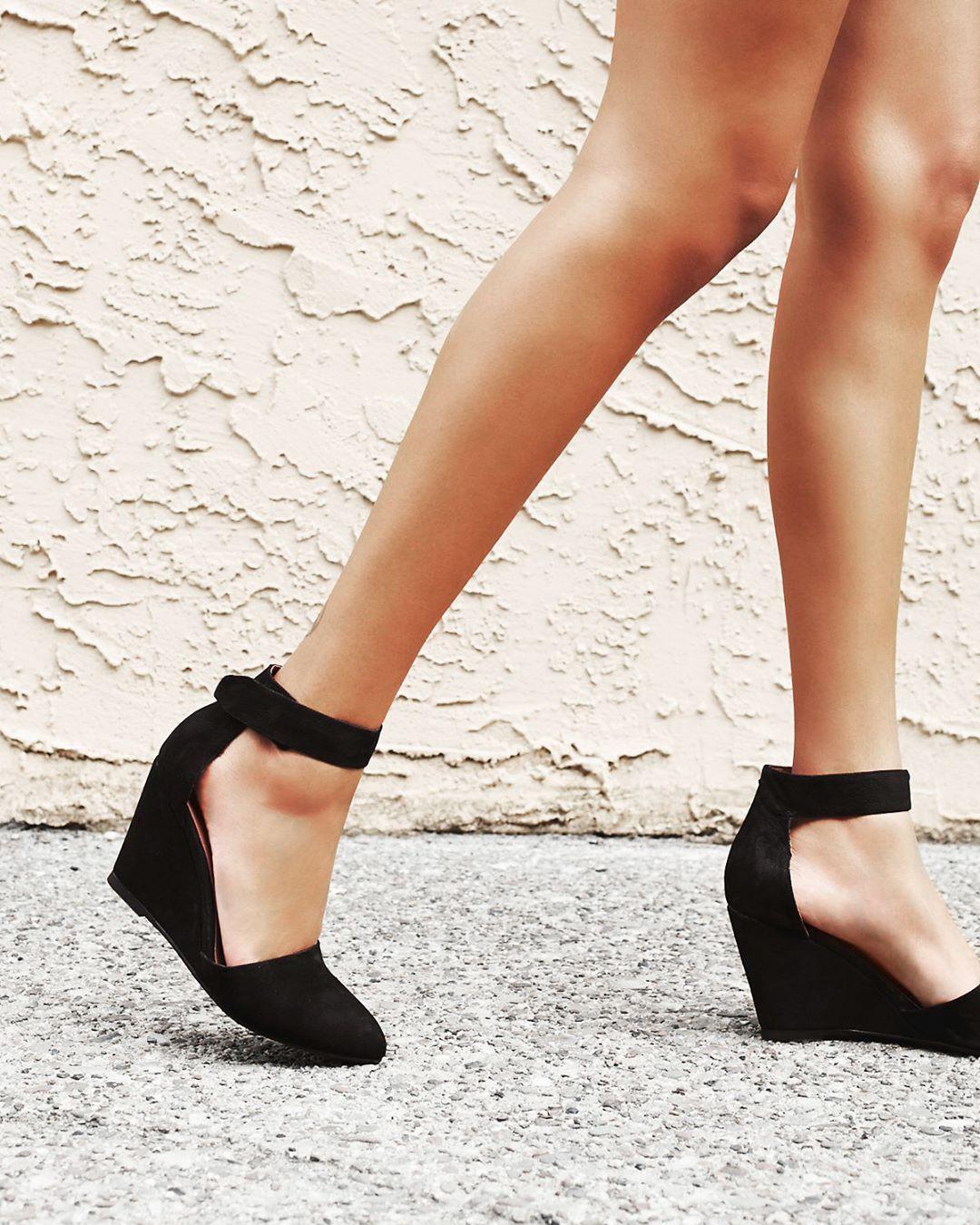 9997319ea2a Tacones cómodos para no dejar de bailar en el antro Ankle Strap Heels