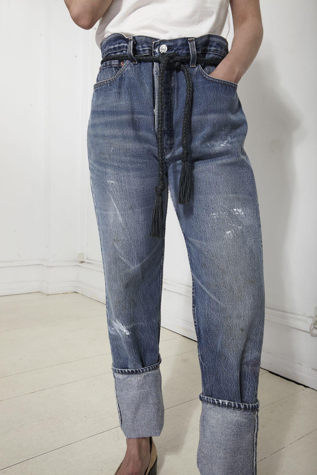 Waist cinching jeans