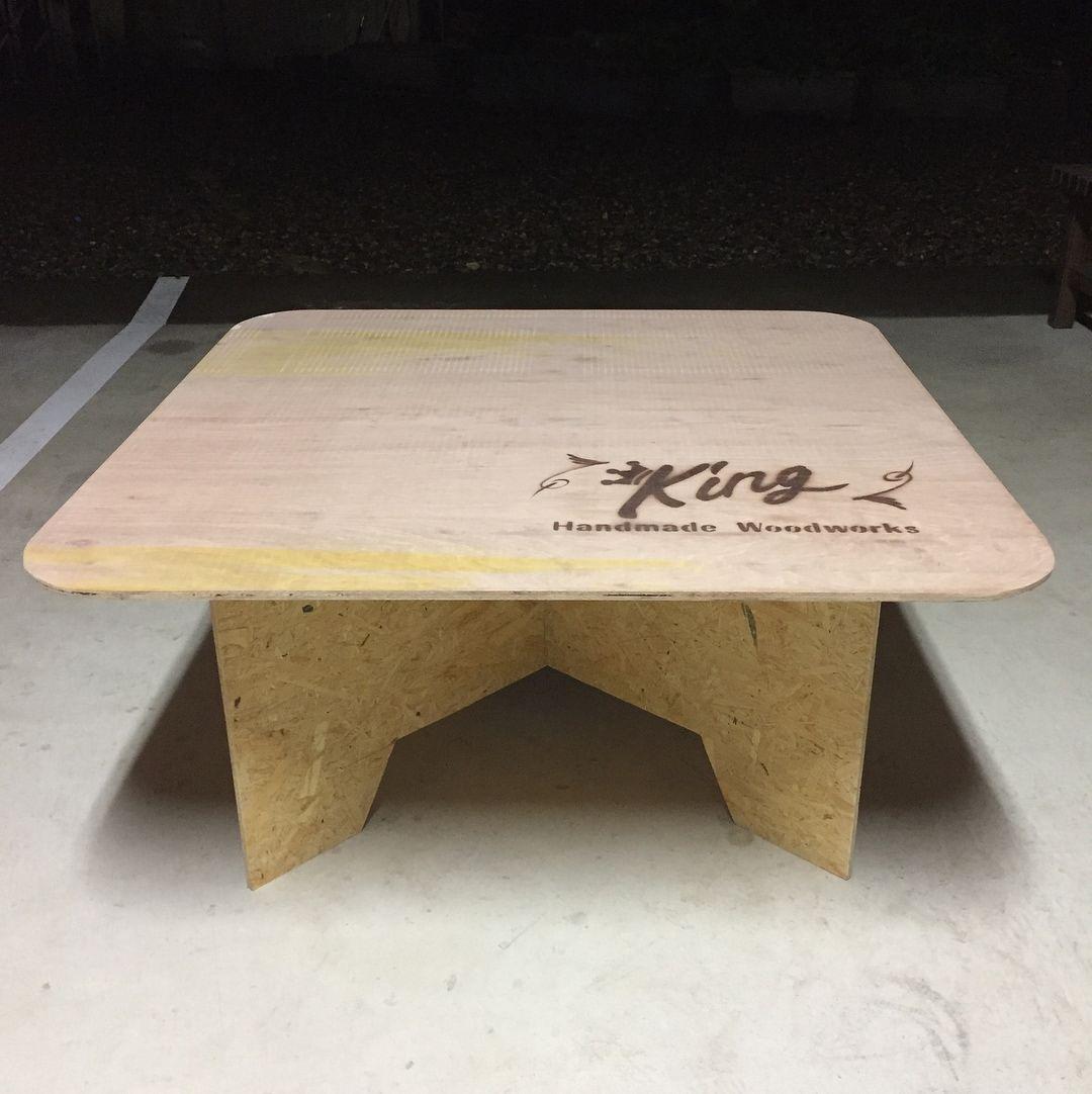 11月4日 5日ホーマック那珂店向かいのドリームランド那珂さんでのワークショップを開催するにあたり 見本を作成しました 通称ペケ台も作成し ワークショップのテーブルにします ラダーシェルフ シェルフとも両日 両作品とも各5名ずつです