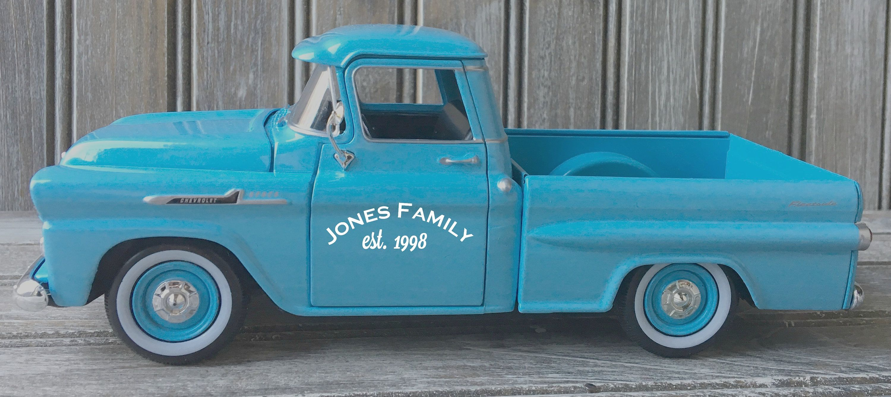 CLASSIC FARMHOUSE LITTLE RED PICK UP TRUCK METAL CUTTING DIES SET CHRISTMAS FALL