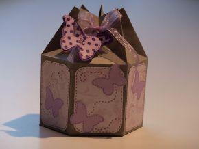 Special Packaging #5: Exagonal milk-box