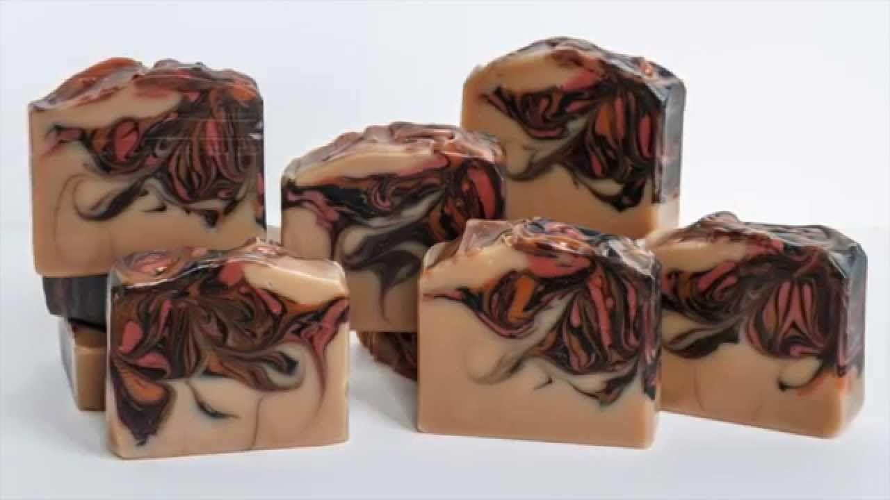 Elderberry Spice Homemade Soap - Soap Challenge Club - Hanger Swirl Technique - YouTube