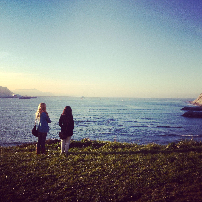 Mirando el horizonte - Arrigunaga (Bizkaia)