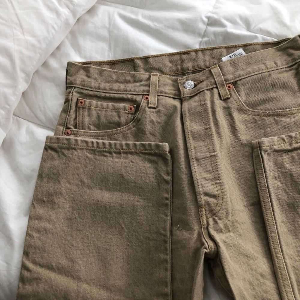 Menus Levis  straight fit button fly tan Jeans Size x  Jeans