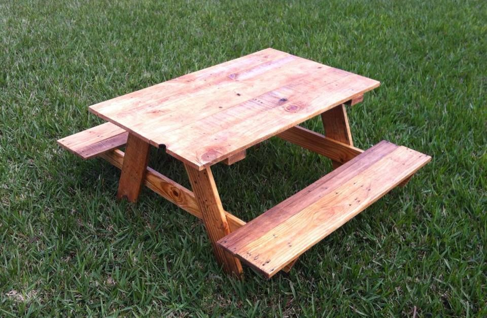 Pallet Kids Picnic Table Ruffino S Custom Carpentry