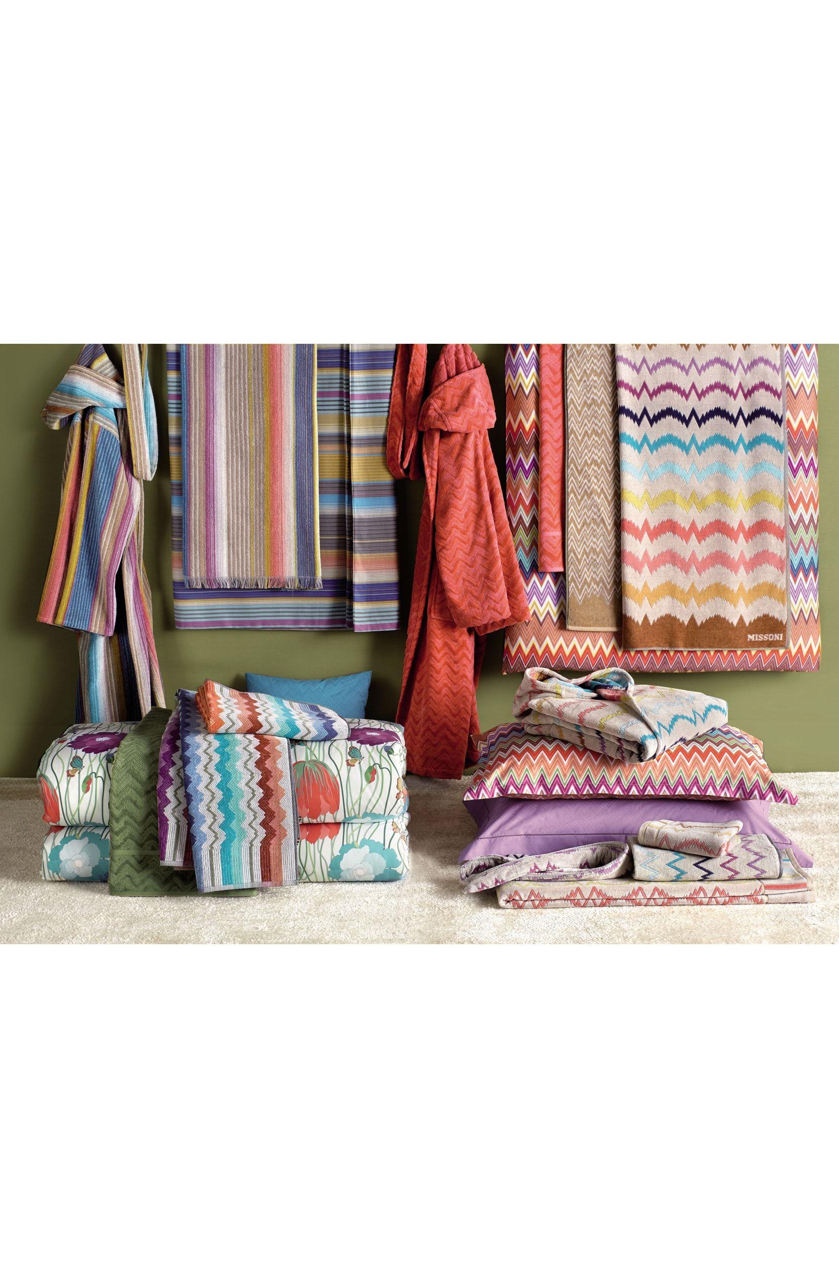 Missonihome Vera Bath Towel With Images Bath Sheets Bath