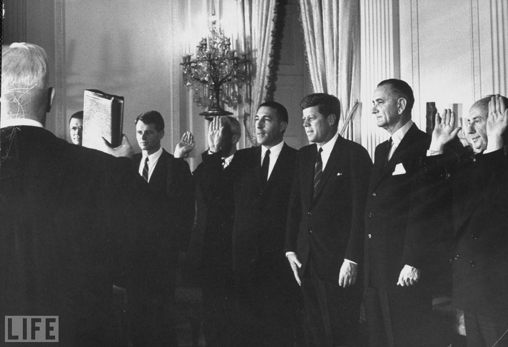 President Kennedy cabinet sworn in 1961 | JOHN F KENNEDY <> 35th ...