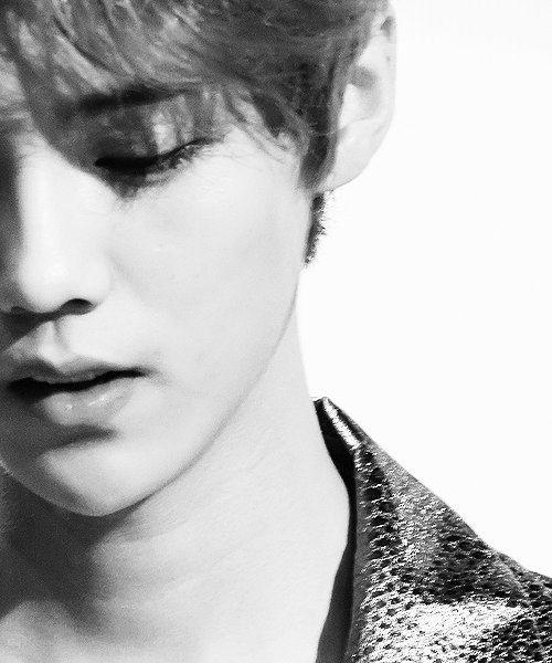 #kpop #exo #exom #weareone #Luhan #lulu #xiaolu #xiluhan #dearmydeer #deerlulu #fantaken #close up #BW