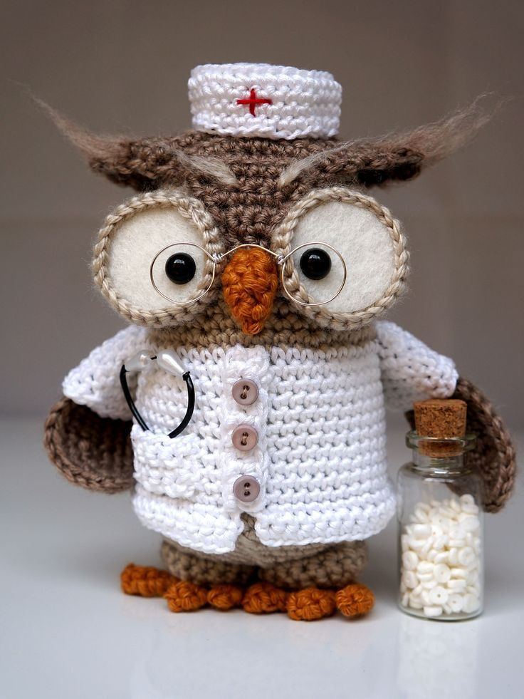 Pattern of Owl Henriette by Tamara Nowack, but I think I will just look at it and follow it♥