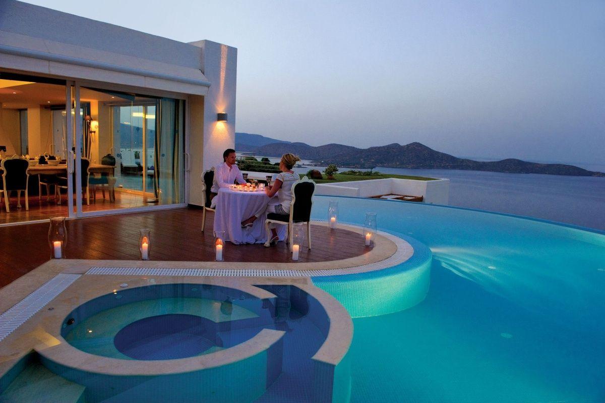 принципа работы, картинка красивого дома у моря с семьей шаблон рамки для