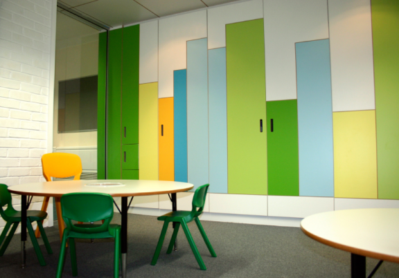 school interior design google keress