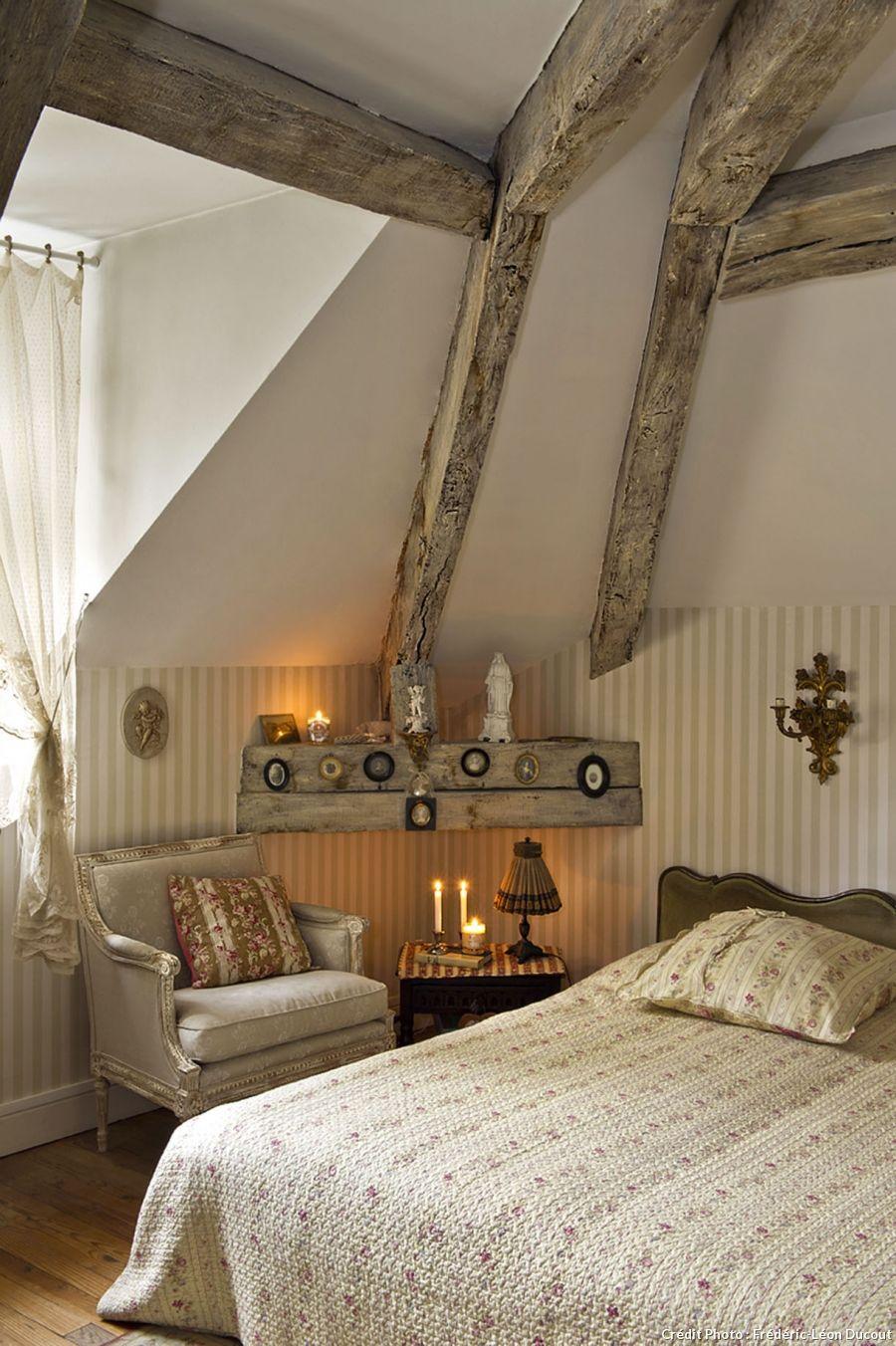 dans la marne une demeure au charme d 39 antan poutres bougies et chambres. Black Bedroom Furniture Sets. Home Design Ideas
