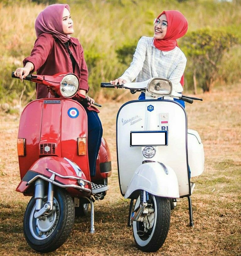Pin by John Allison on Vespa's & Scooters Scooter girl