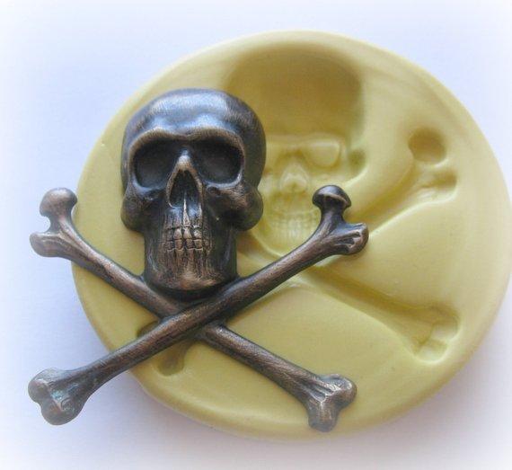 Skull Cross Bones Mold Gothic Kawaii Resin Soap Fondant Clay Etsy Molding Clay Skull Mold Amazing Mold Putty