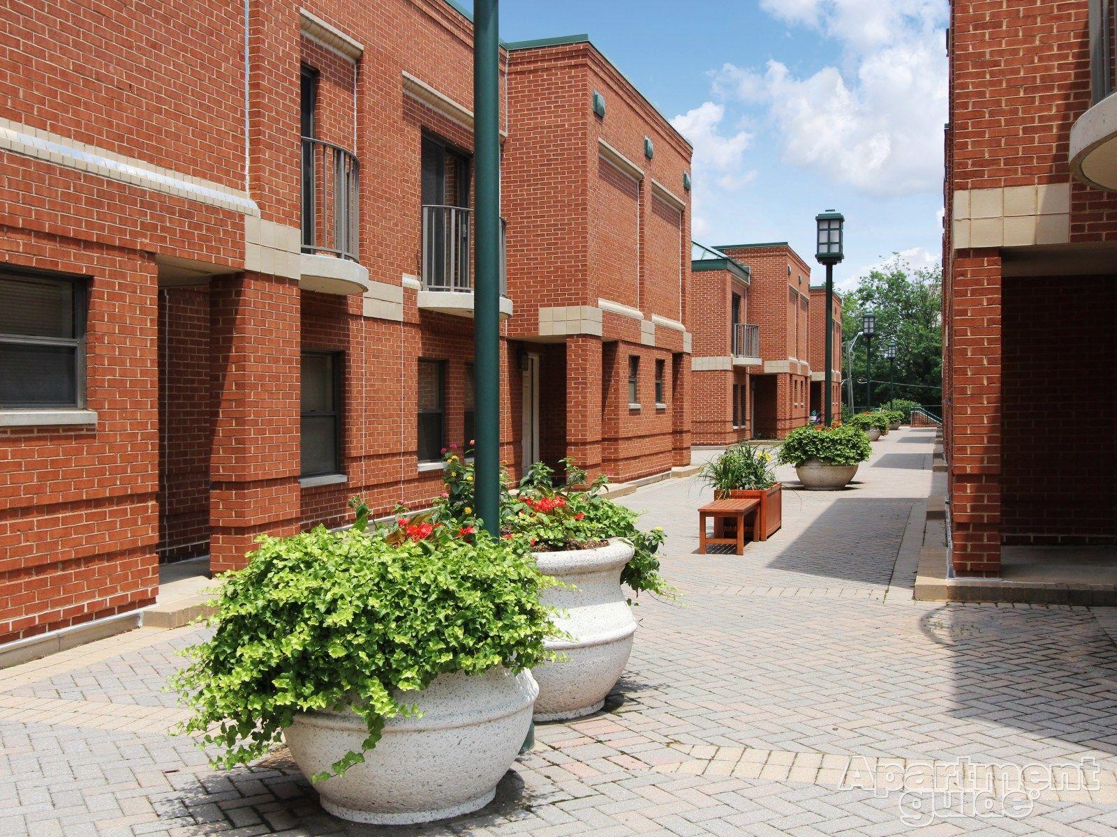 Huntington Gateway Apartments Alexandria Va 22303 Apartments For Rent Dc Apartments Apartment Huntington