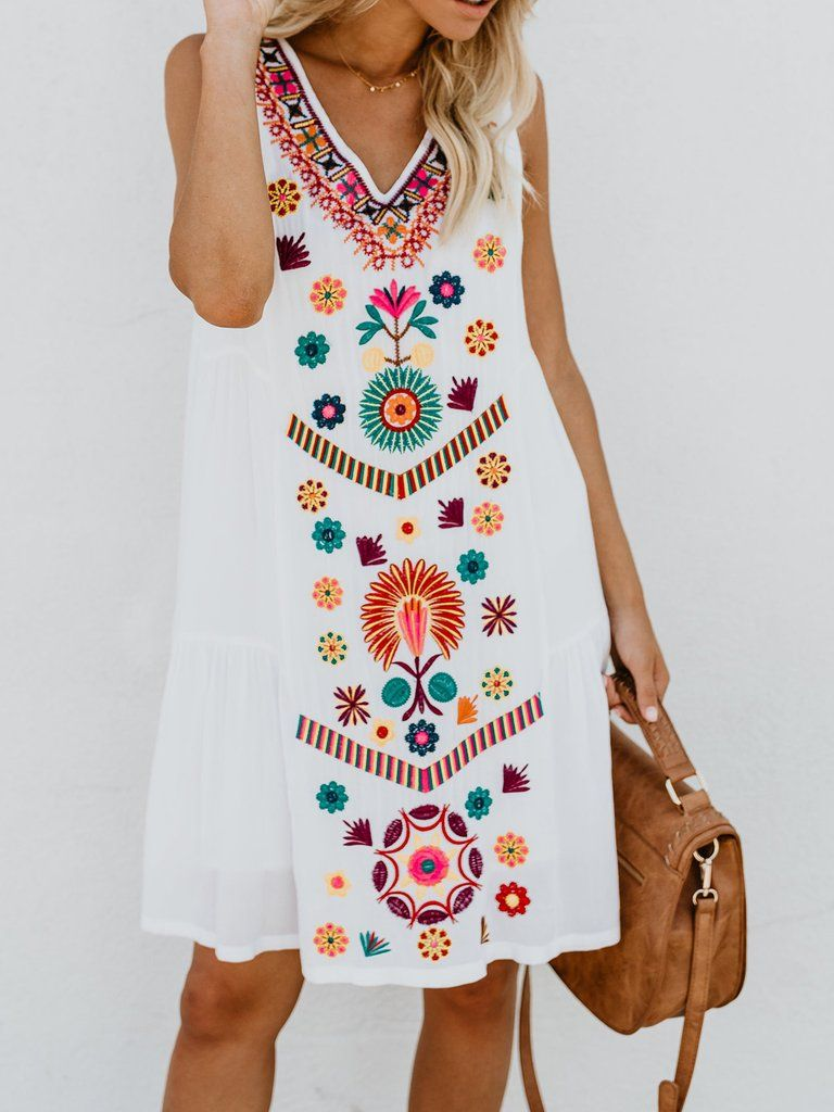 71635284d00 Plus Size White Rayon Floral Casual Summer Mini Dress in 2019 ...