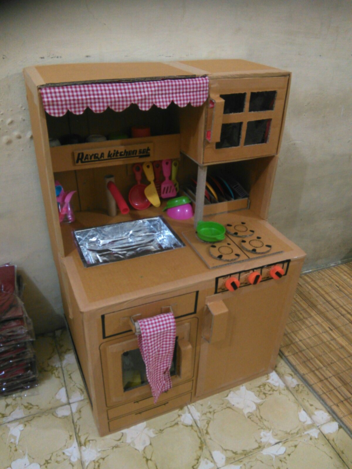 Kitchen Set From Cardboard Dapur Dari Kardus