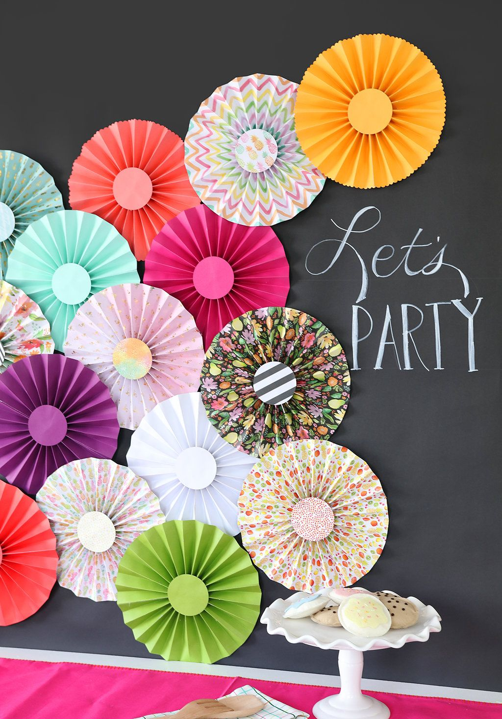 Rosette Backdrop Craft Ideas Paper Rosettes How To Make Paper