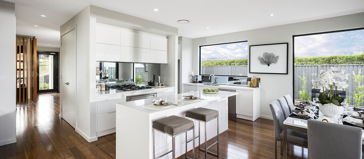 KITCHEN Synergy 29 with Vibe Façade on display at