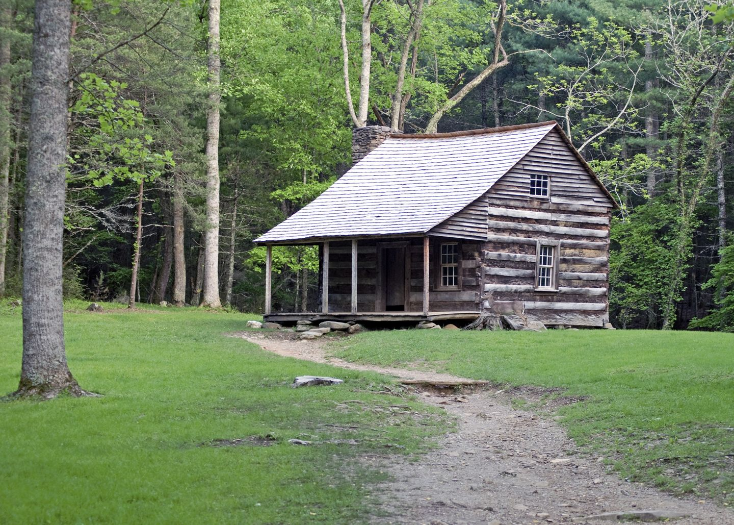 Old log cabin homes log cabin debimage make this brian for Chalet log homes
