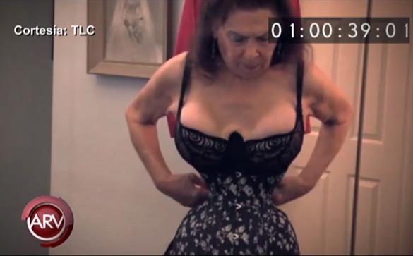 La mujer con la cintura más pequeña del mundo. VIDEO=> http://tlmdo.co/1Gs9Ste