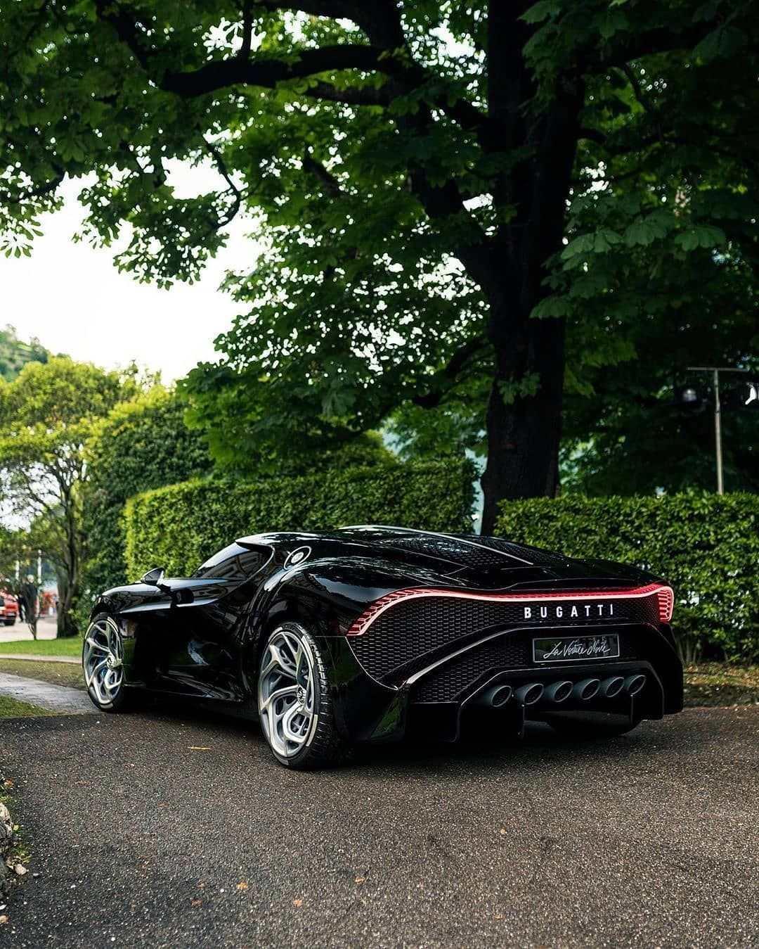 La Voiture Noire Rate The Black Monster 1 100 Pic By Zachbrehl