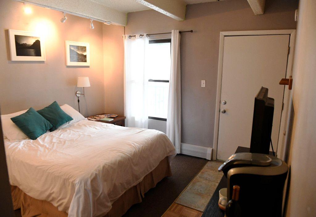 Colorado lawmakers nix raising taxes on Airbnb properties ...
