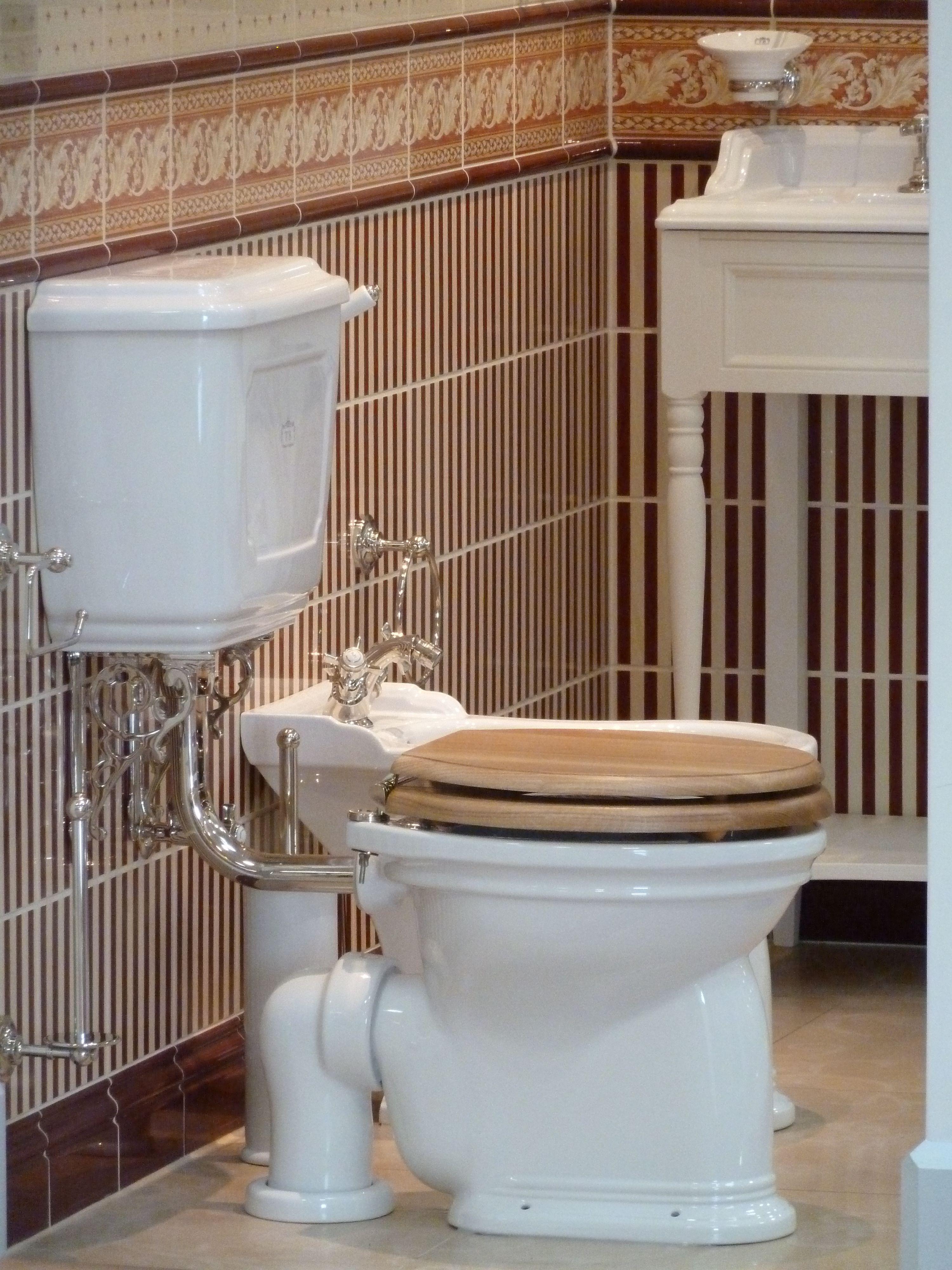 Nostagie Toilette Traditionelle Bader Badezimmer Gusseisen Badewanne