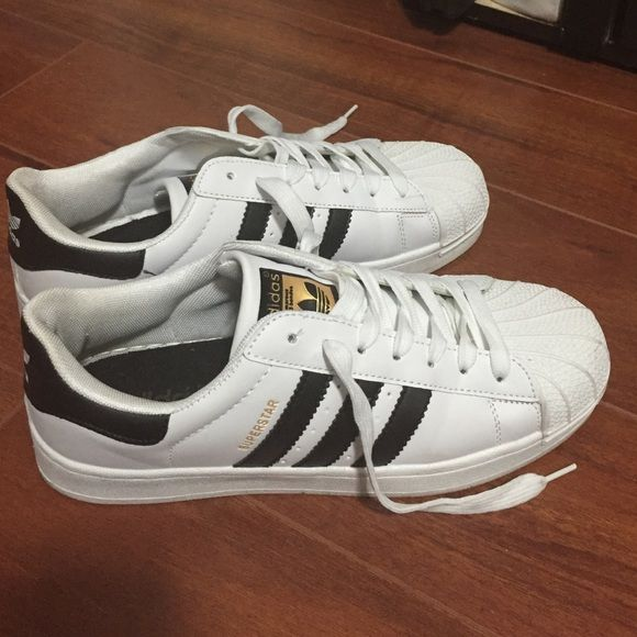 Adidas Superstar men's size Adidas superstar - white with black stripes!  Almost new, worn once - just didn't fit my by boyfriend.