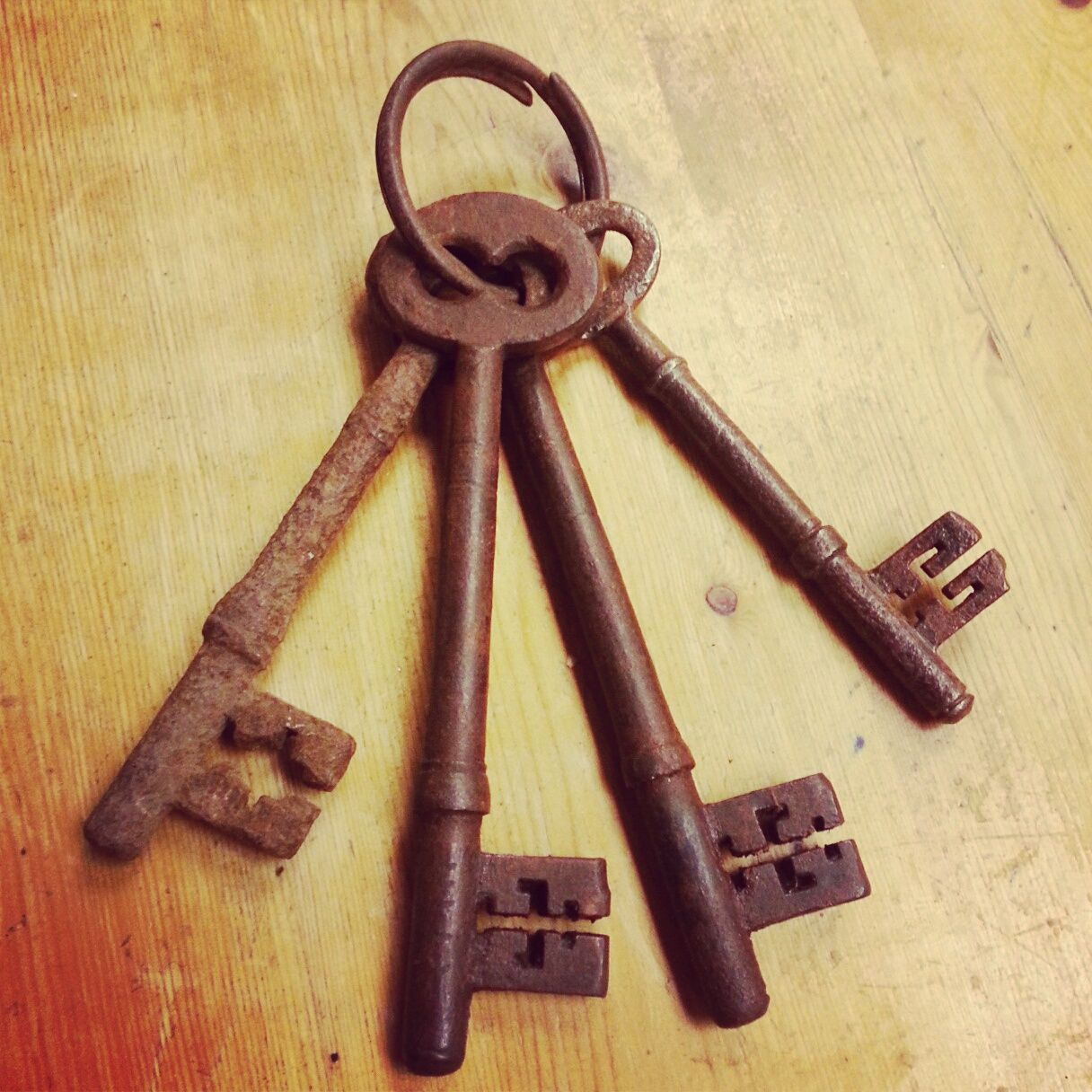 Old rusty keys picked up separately at vintage fayres | My Homemade ...