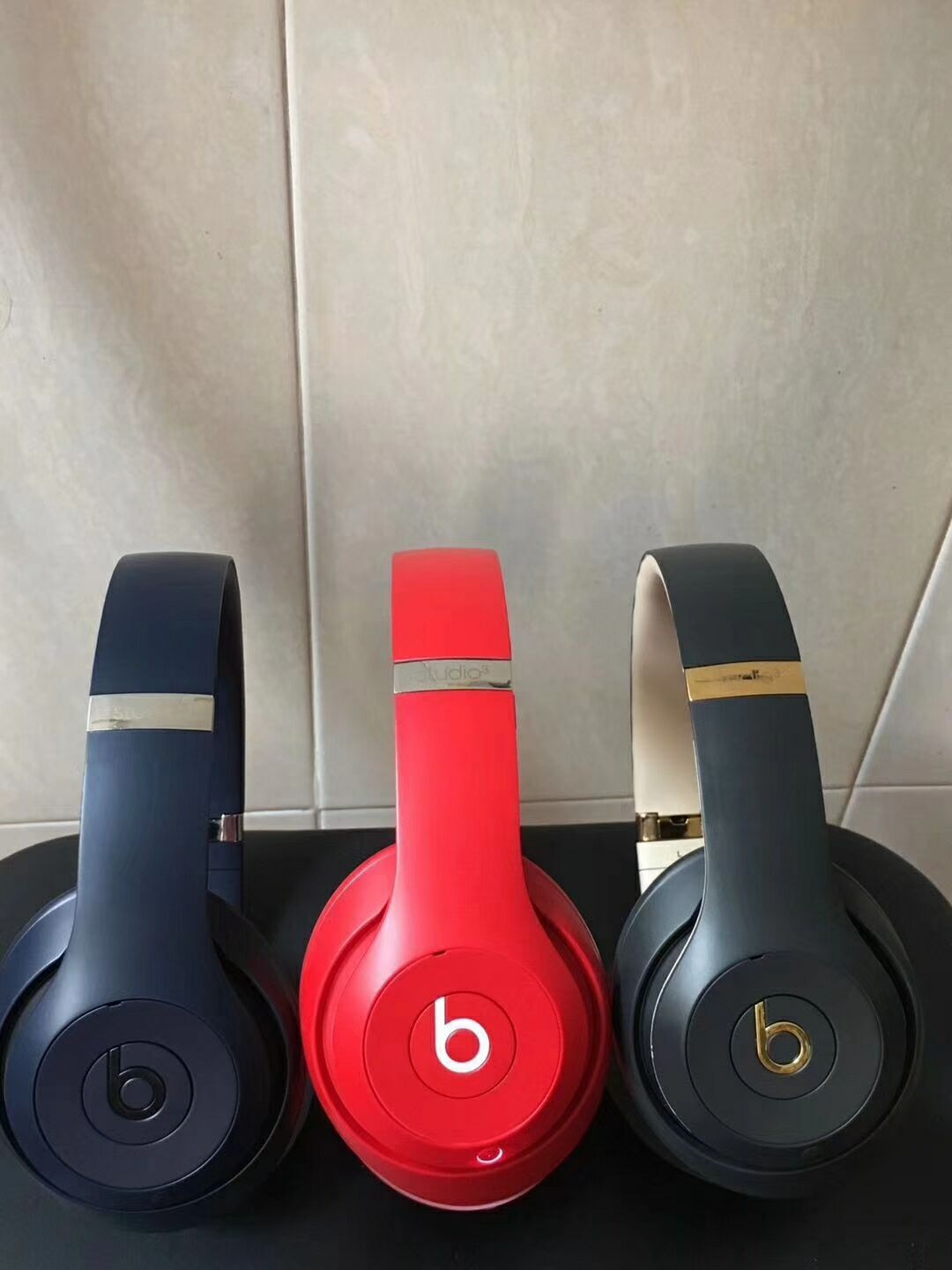 c74369d8ace Beats solo 2 wireless headphone contact us by email: money7891 ...