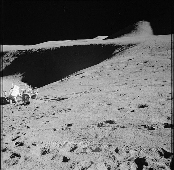 NASA Just Released Thousands of Apollo Mission Photos ...