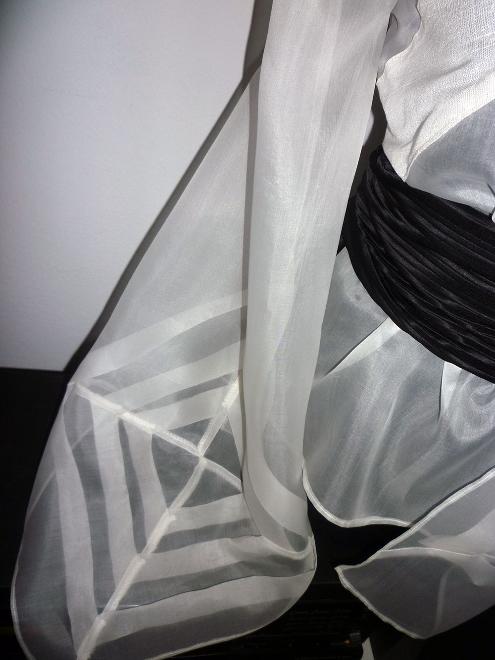 Blog dd silk organza white blouse with tr origami sleeves blog dd silk organza white blouse with tr origami sleeves jeuxipadfo Gallery