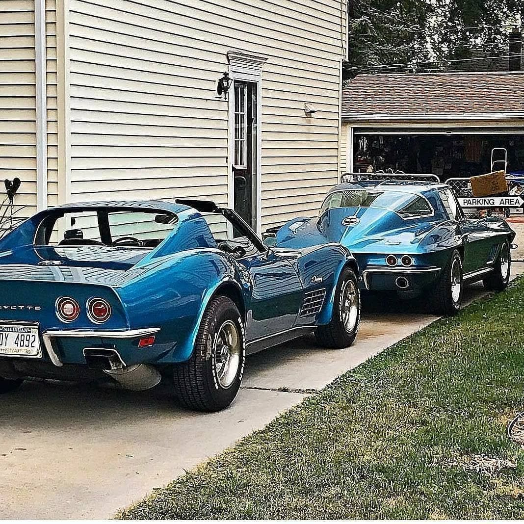 """Classic Cars, Trucks on Instagram: """"from @classics_culture –  C2 or C3? Shared by @ninjamountainman  Via @americanmusclehd ?? #classiccarsculture #corvette #chevycorvette #c2…"""""""