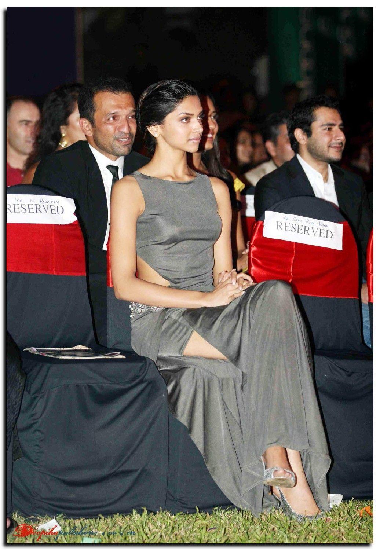 Deepika Padukone Stylish Actresses Deepika Padukone Deepika Padukone Hot