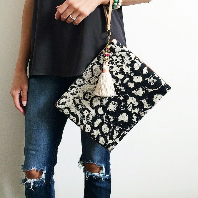 the super cute and very functional @gaiaforwomen flat clutches are RESTOCKED on ascotandhart.com